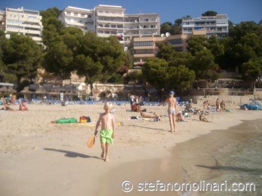 -  - Spanien